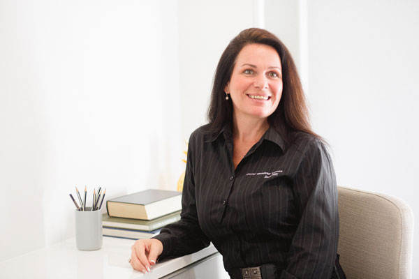 Julie Laming - Dwyer Quality Homes